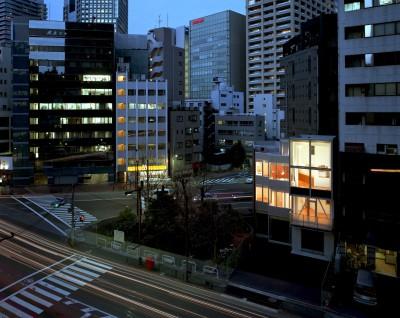 夕景 (Y字路-道筋に建つ家)