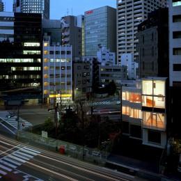 Y字路-道筋に建つ家 (夕景)