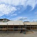 愛知の土壁[工事中]の写真 大きな屋根の平屋です