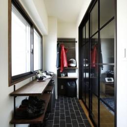 T邸_cozy stylish room ~こだわりの快適な部屋~ (玄関土間)