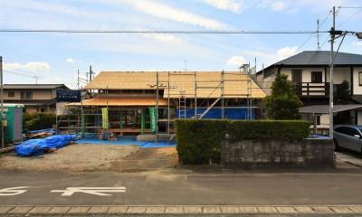 静岡の石場建て[工事中] (北玄関の外観)