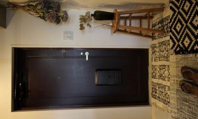玄関|施主の趣味や生活が垣間見える「週末自宅レストラン」~Y様邸~
