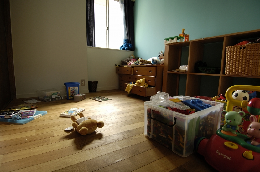 パティオのある家の写真 男の子の部屋