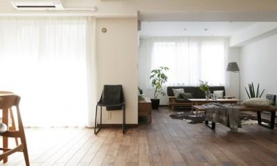 「中古マンション」のイメージを覆す天然無垢材のリビング~R様邸~ (リビングダイニング)