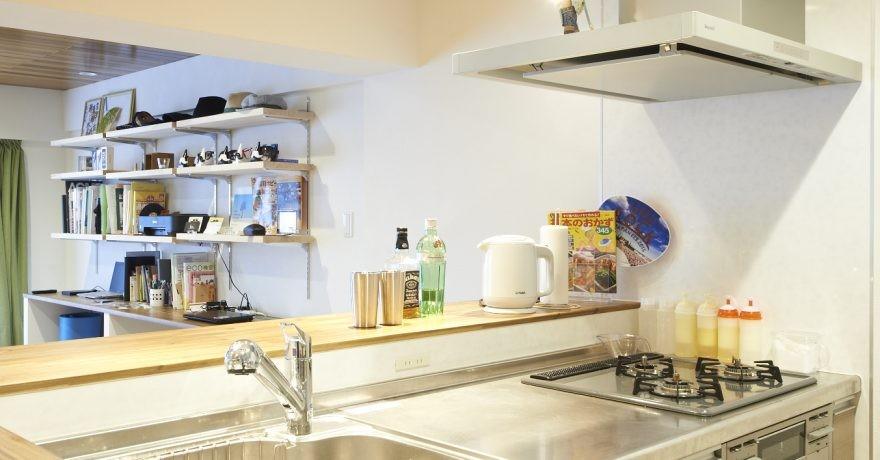 畳とヘリンボーンの共演! 趣味を詰め込んだ男の部屋~T様邸~ (キッチン)