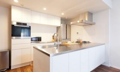 無垢材にホレた夫婦が住まう「料理がしたくなる家」~L様邸~ (キッチン)