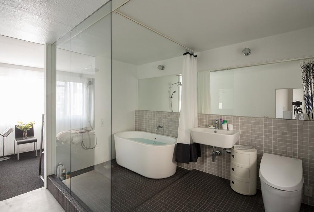AKAビル (お風呂・トイレ)