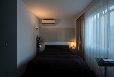 ベッドルーム (AKAビル)