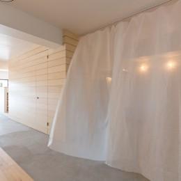米子のマンションリノベーション (カーテンによる仕切り)
