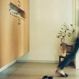 リノベーション / mocha (玄関)