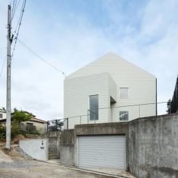 House H (北面外観)