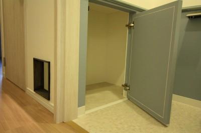 猫ちゃん用トイレ (愛猫をいろんな角度で眺められる、遊びゴコロにあふれた家~T様邸~)