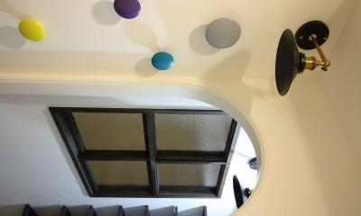愛猫をいろんな角度で眺められる、遊びゴコロにあふれた家~T様邸~ (玄関とSIC)