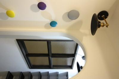 玄関とSIC (愛猫をいろんな角度で眺められる、遊びゴコロにあふれた家~T様邸~)