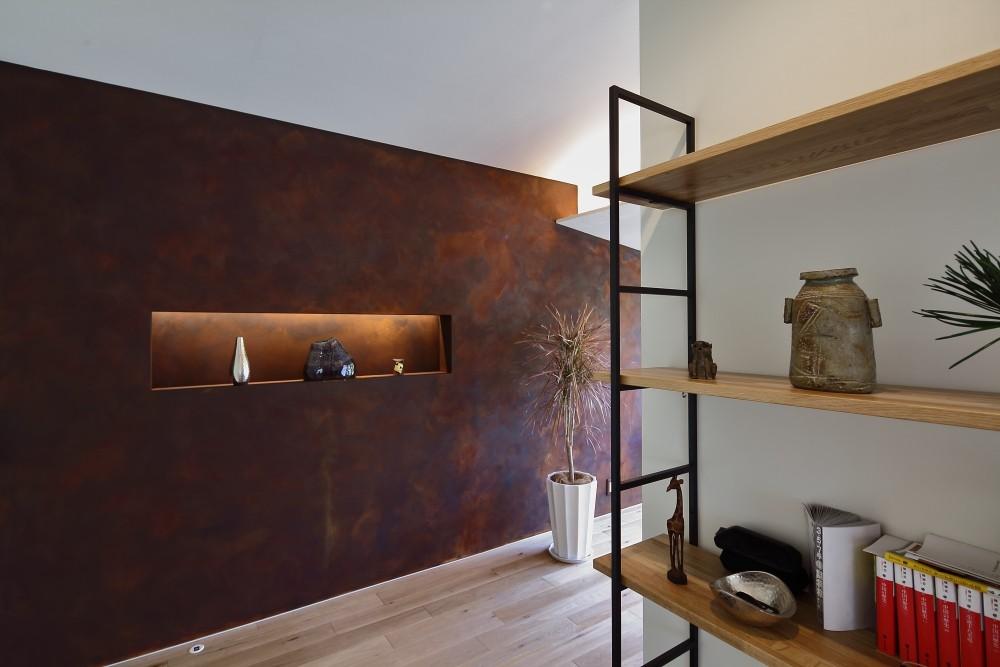 「錆の家」和泉市の戸建てリノベーション (壁面飾り棚)
