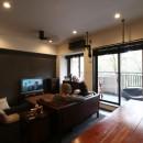 【モノトーン】×【アジアで見つけたビンテージ家具】でつくる東南アジアのリゾートホテルの写真 LD
