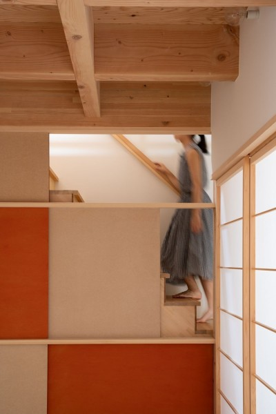8畳間と階段 (椿庵 ― 茶室のある旗竿敷地の住宅 ―)