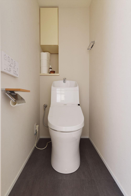 M邸_風の吹き抜ける場所 (トイレ)