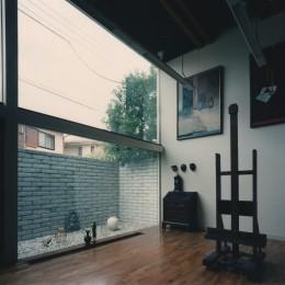 【アトリエの家】 80歳の画家のアトリエ+住居。これまでの生き方を内包し、これからの夢を育む (アトリエ)