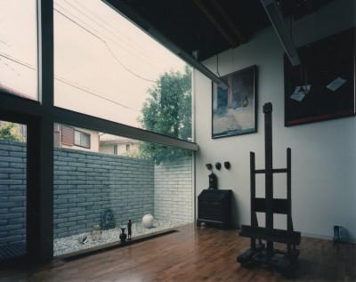 アトリエ (【アトリエの家】 80歳の画家のアトリエ+住居。これまでの生き方を内包し、これからの夢を育む)