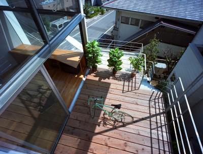 テラス (【スキップテラスの家】  テラスの段差が生み出す、外部空間の変化)