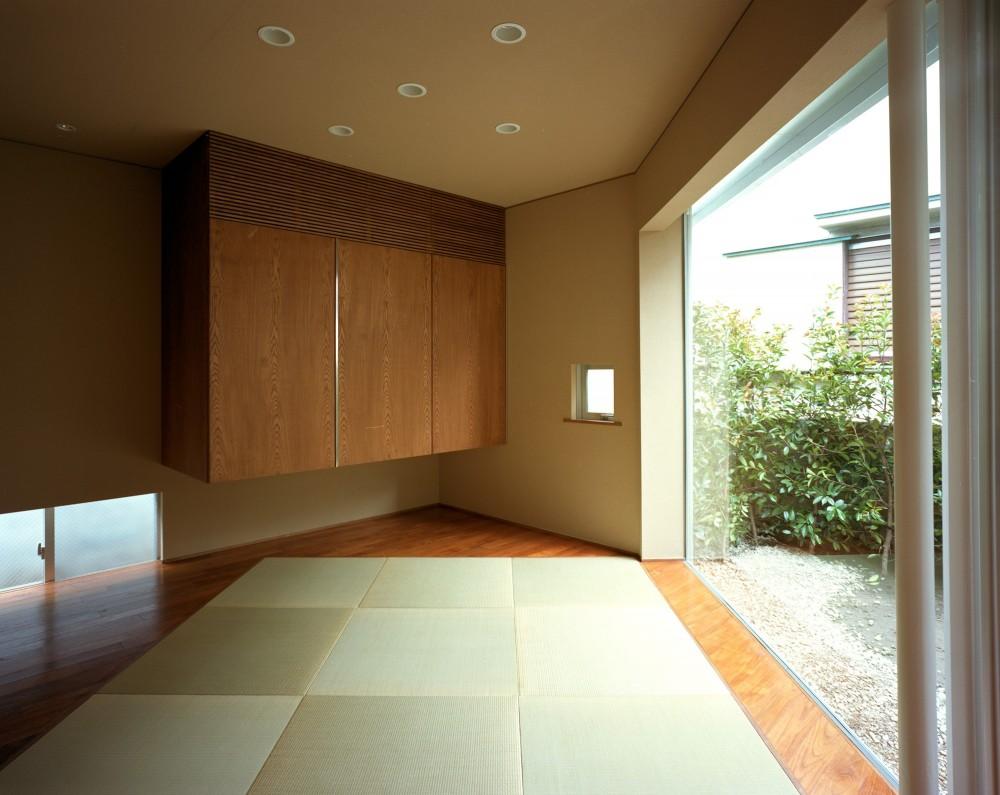 【トライアングル・ハウス】 空間に変化を生み出す三角形平面 (和室)