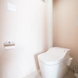 倉庫リノベーション_シンプル海外スタイル (トイレ)