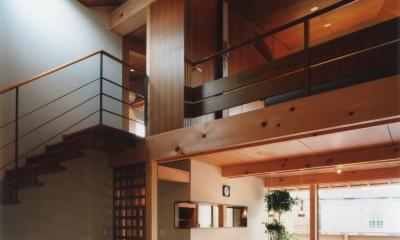【自由が丘の家】  宙に浮いたテラスが特徴の住宅 (リビングダイニング)