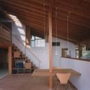 【橘の家】の写真 リビングダイニング・階段