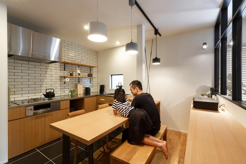 キッチン事例:キッチン(育ってきた家、育てていく家。)
