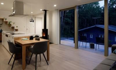 062m-house in 軽井沢 (LDK夕景)