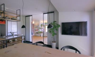 「錆の家」和泉市の戸建てリノベーション (リビング)