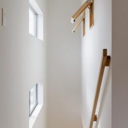 やさしい家 (階段)