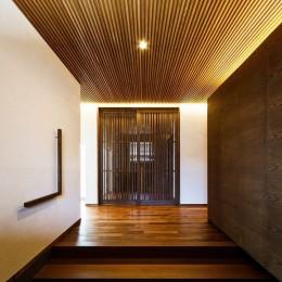 玄関ホール (住道の家)