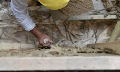 一宮の石場建て[工事中] (土壁)