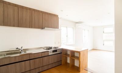 親世帯、子世帯が共に過ごす住まい (キッチン)