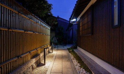姫路天満の家・第一期 (外観アプローチ(夜景))