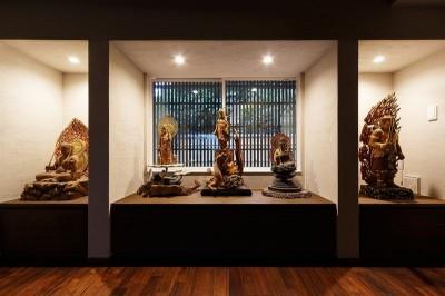 仏像の展示コーナー (姫路天満の家・第一期)