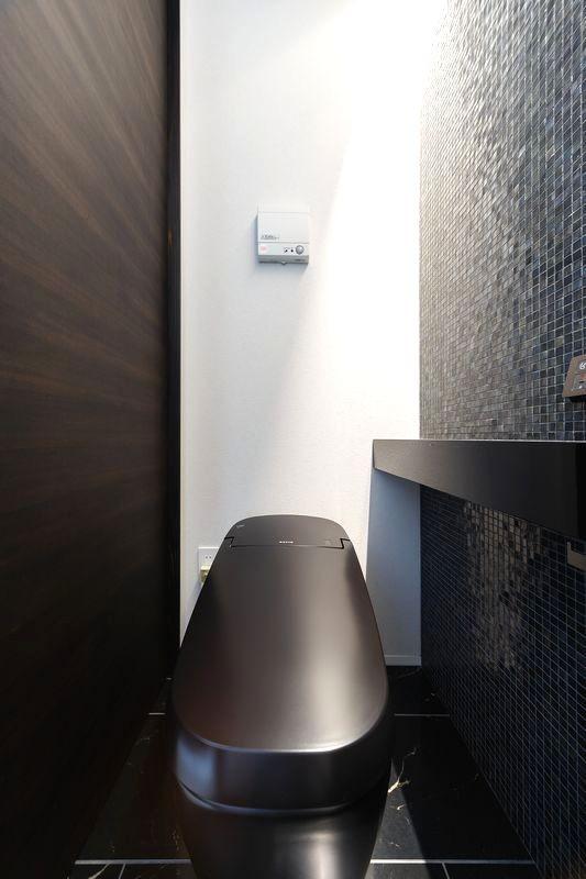 バス/トイレ事例:客用トイレ(摂津の家)