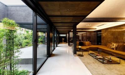 摂津の家 (リビングルーム)