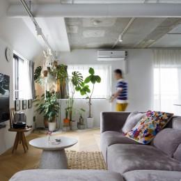 S邸-素材選びにこだわって、シンプルな家が個性的に