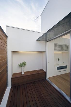 八雲の家の部屋 テラス
