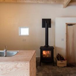 美瑛の家~美瑛の自然に寄り添う、小さな家の豊かな暮らし〜 (キッチン)