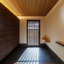 住道の家の写真 大小格子による大型玄関引戸