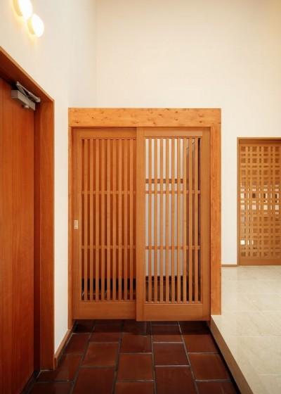 玄関の中の玄関収納 (IRAKA西大寺)