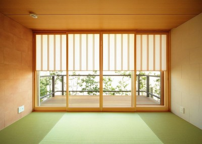和室と雪見障子 (VILLA ROKKOU)