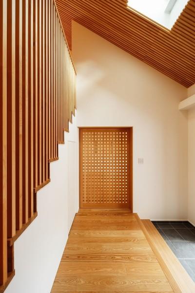 玄関ホール (南大阪の家②)