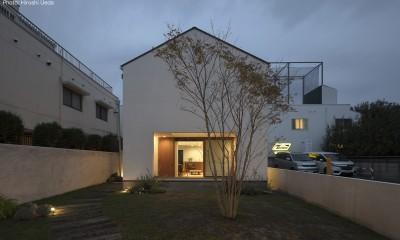 建もの探訪で放送 レコード棚のある家 OUCHI-43 (外観夜景)