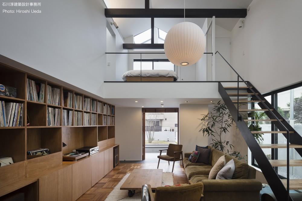 建もの探訪で放送 レコード棚のある家 OUCHI-43 (玄関土間とつながるリビング)