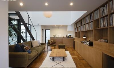 建もの探訪で放送 レコード棚のある家 OUCHI-43 (玄関から見る)